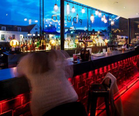 the-pound-canterbury-bar-lighting-led-drinks-retro-oculux